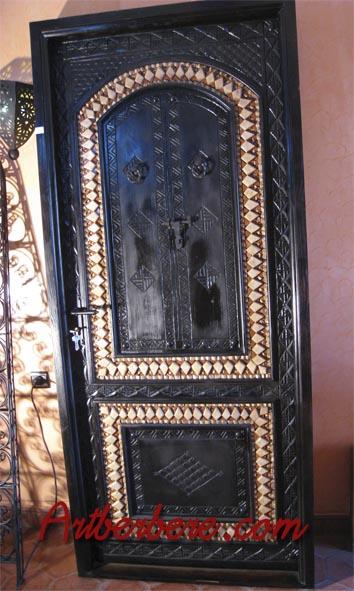 Art berbere artisanat marocain meuble marocain canap for Decoration fenetre marocaine